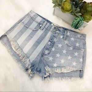 Abercrombie & Fitch festival high rise short